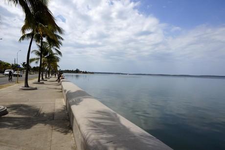 malecon Cienfuegos Cuba