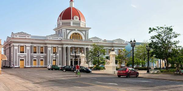 What to do in Cienfuegos? Visiting 'La Perla del Sur'