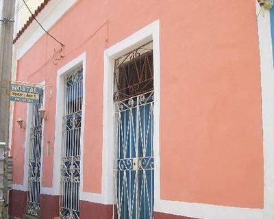 Front Hostal Haydee y Juan K. Remedios. Villa Clara