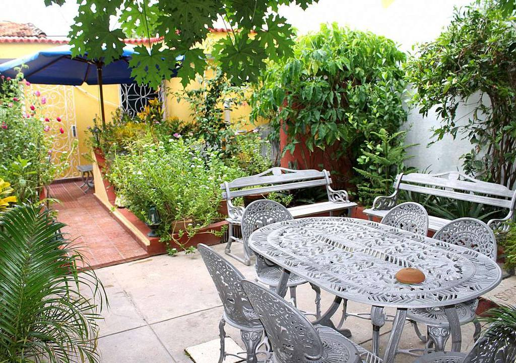 hostal orelyd casa particular trinidad cuba. Black Bedroom Furniture Sets. Home Design Ideas