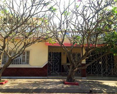 Fachada de Casa Arturo y Xiomara