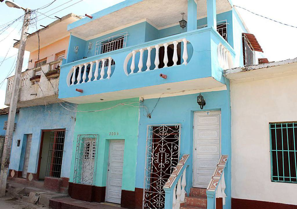 hostal el cochero casa particular trinidad cuba. Black Bedroom Furniture Sets. Home Design Ideas