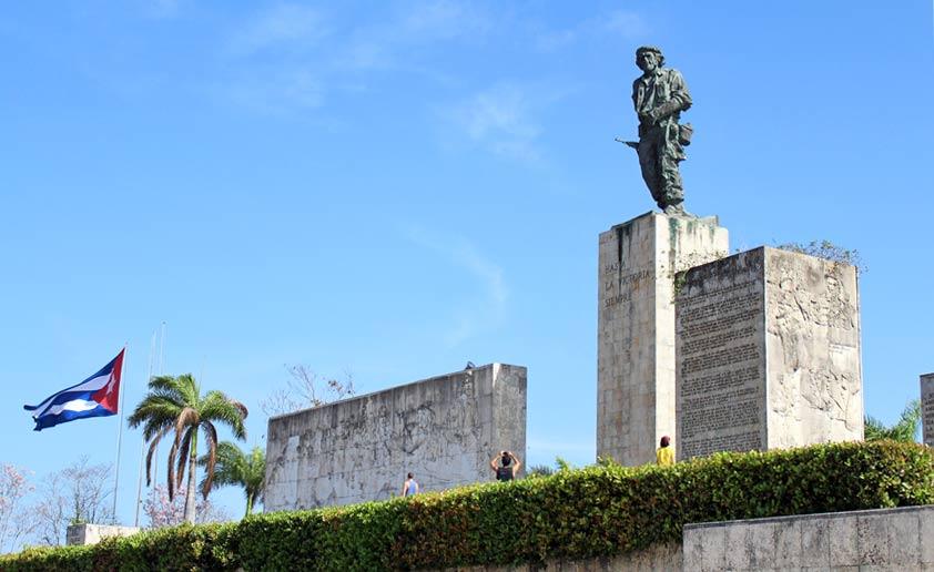 che_guevara_monument