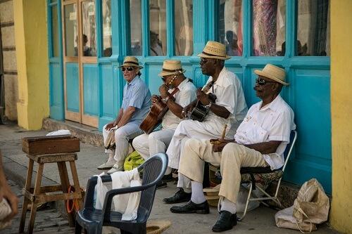 stay in a casa particular in Cuba