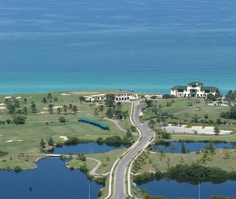 golf course in varadero